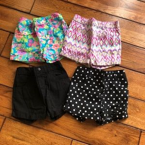 Garanimals bundle of 4 shorts 4t